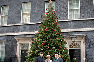 BCTGA Christmas tree competition - Downing Street 2018 – John, Linda and Jack Junor