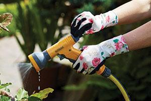 Gardening glove from Towa makes RHS Product of The Year 2018 finals